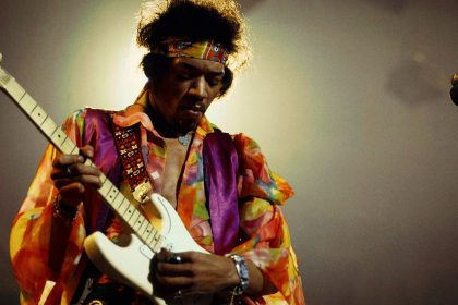 Estamos jodidos... ha llegado Jimi Hendrix